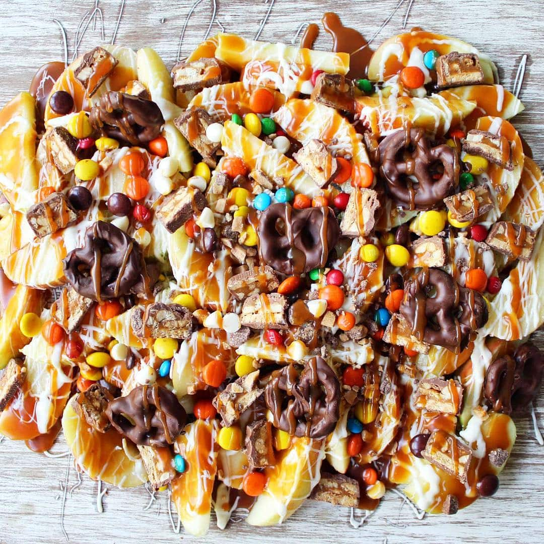 Candy Madness Caramel Apple Nachos are the perfect Halloween treat.