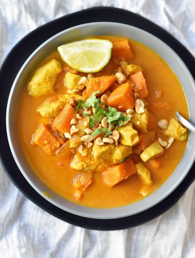 Chicken Sweet Potato Curry. Gluten-free and dairy-free meal. 30-minute meal. Healthy chicken curry dish. www.modernhoney.com #dinner #glutenfree #dairyfree #recipe #dinnerrecipe