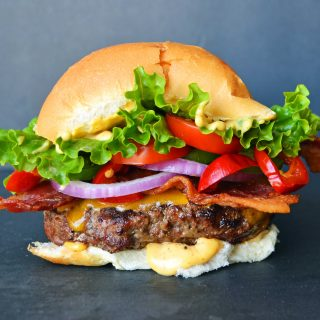 Arizona Bombshell Burger by Modern Honey l www.modernhoney.com