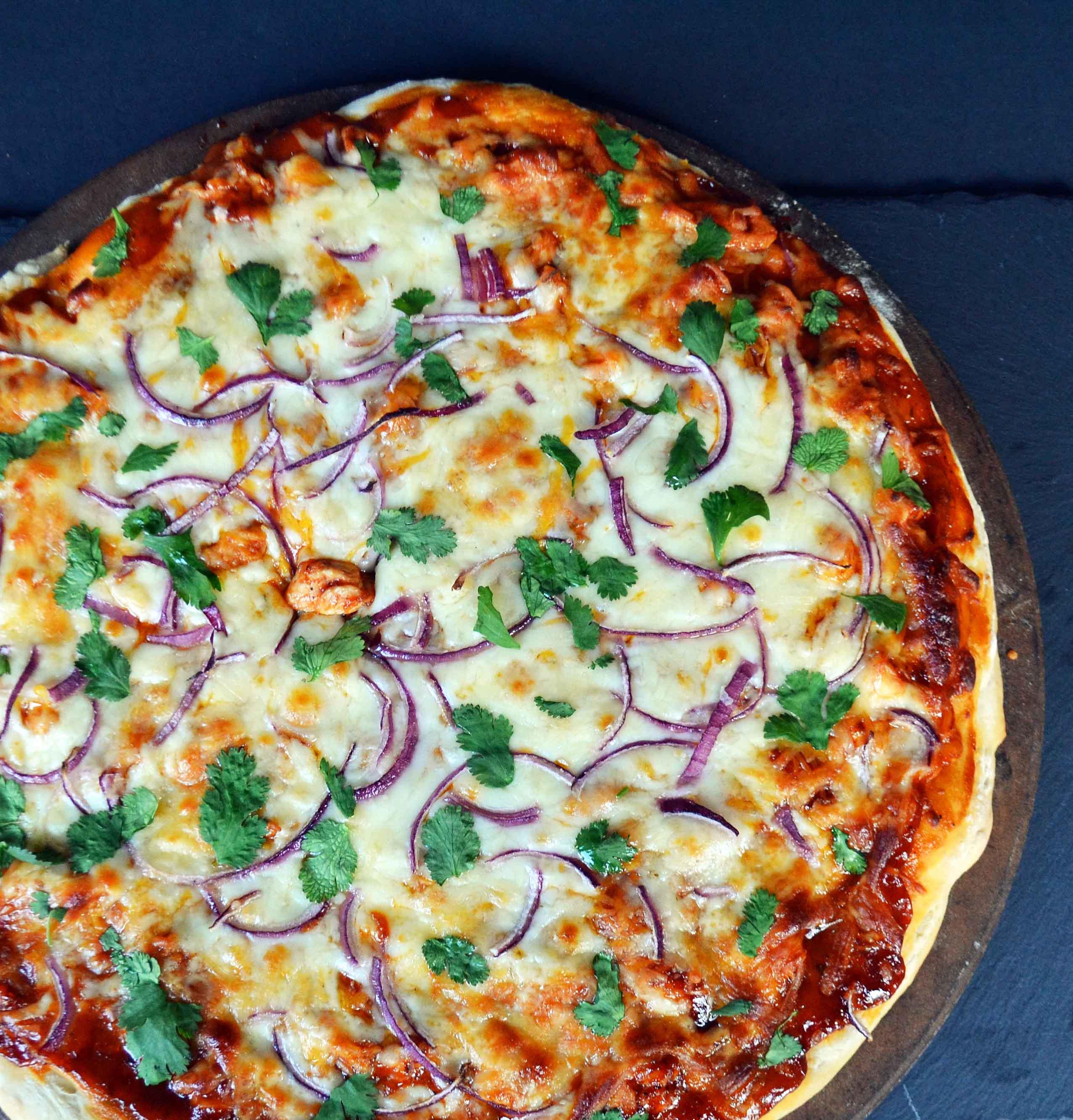 Homemade BBQ Chicken Pizza with a secret ingredient - by Modern Honey www.modernhoney.com