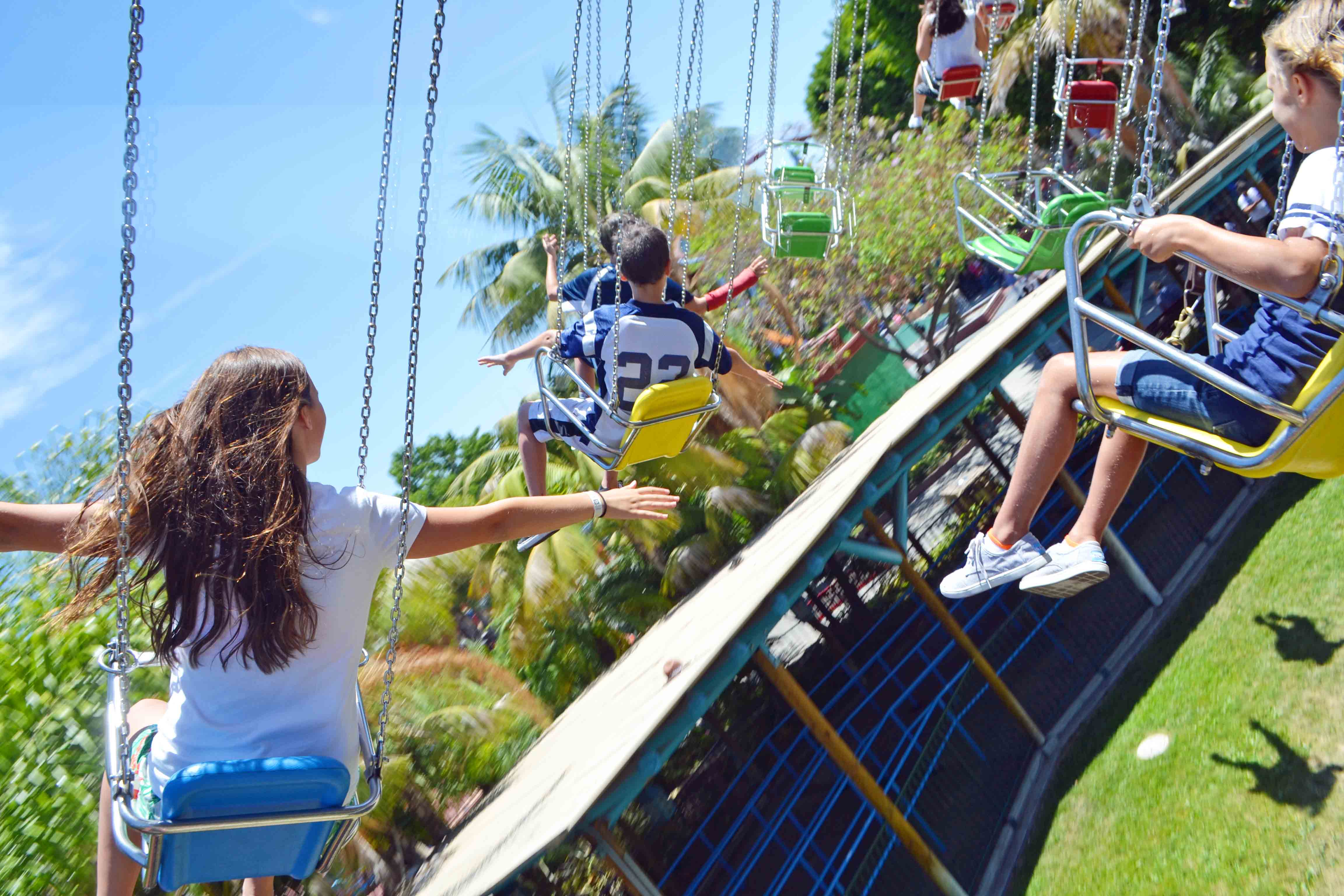 How to plan the perfect California Pacific Coast Highway 1 Road Trip Guide - Knott's Berry Farm by Modern Honey