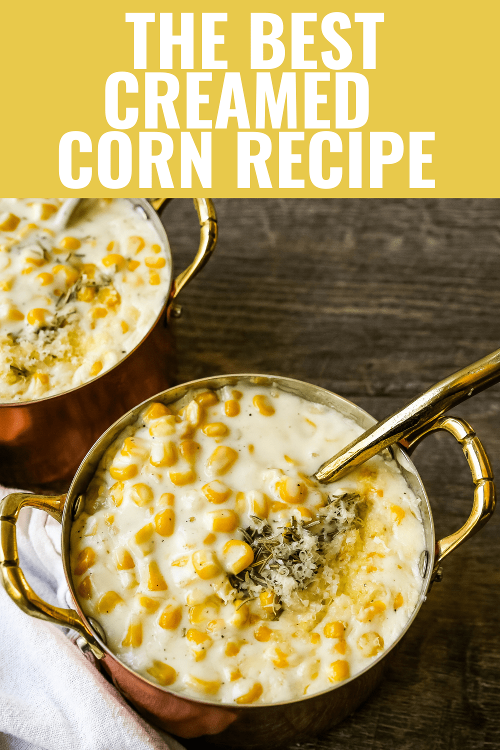 How to make the best creamed corn. A creamy corn recipe made with heavy cream, butter, corn, parmesan cheese, a touch of sugar and salt. A popular side dish or Thanksgiving side dish recipe. www.modernhoney.com #corn #creamedcorn #gullliverscorn #sidedish #thanksgiving