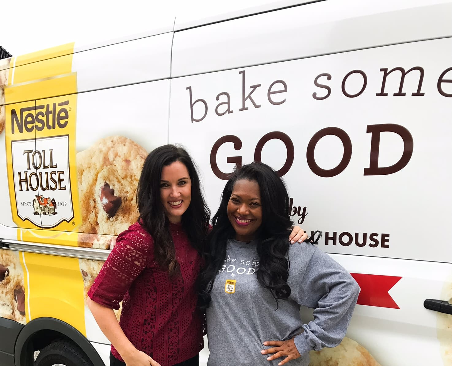 Bake Some Good by Nestle. Melissa Stadler and Cherise delivering baked goods in Chicago.
