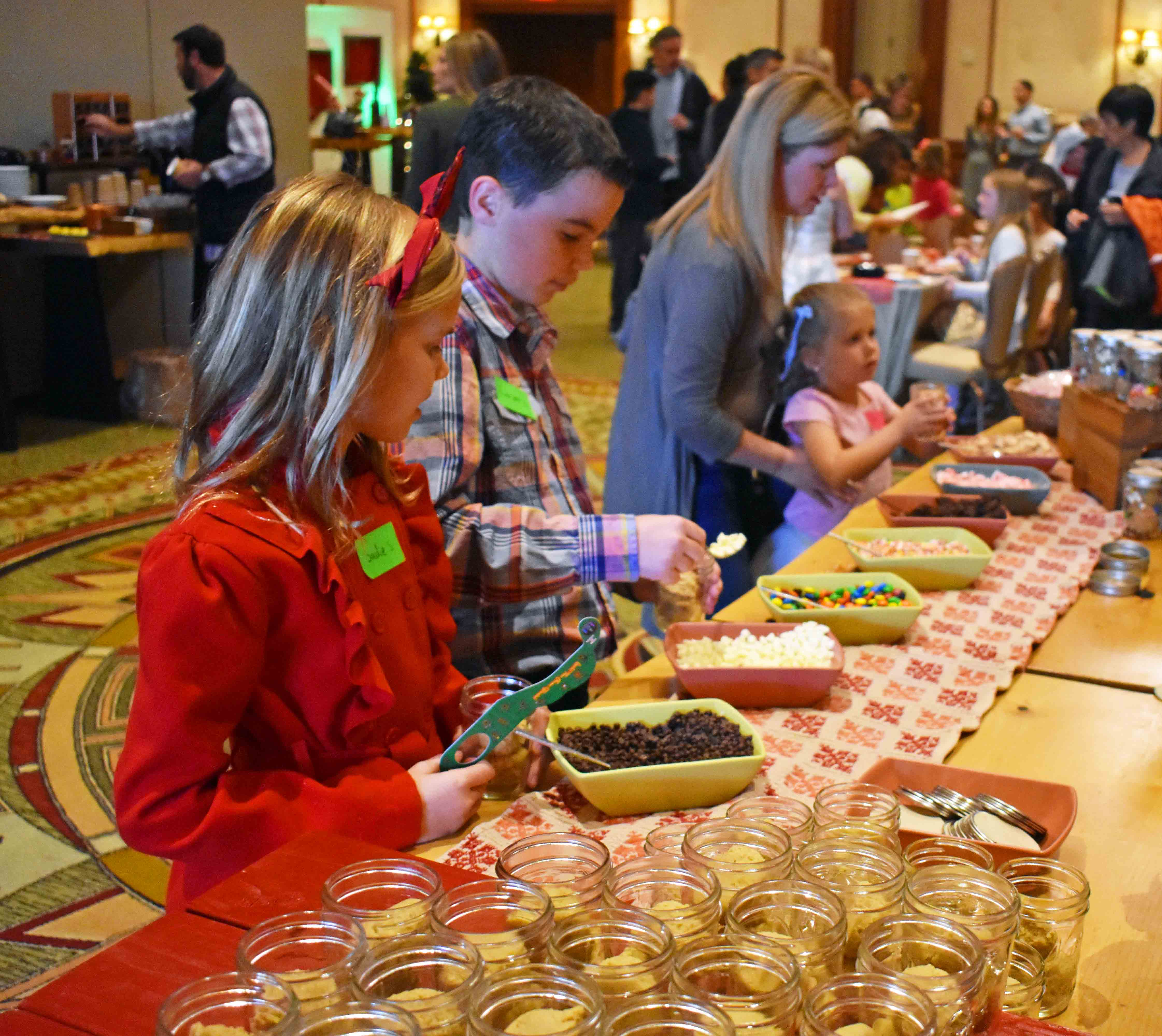 Arizona Four Seasons Christmas. Cookies with Claus Event at Four Seasons Scottsdale.
