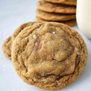 Soft Chewy Molasses Ginger Cookies. How to make the best ever soft molasses gingersnap cookies. The perfect gingerbread cookies. www.modernhoney.com #gingersnaps #molassescookies #softmolassescookies