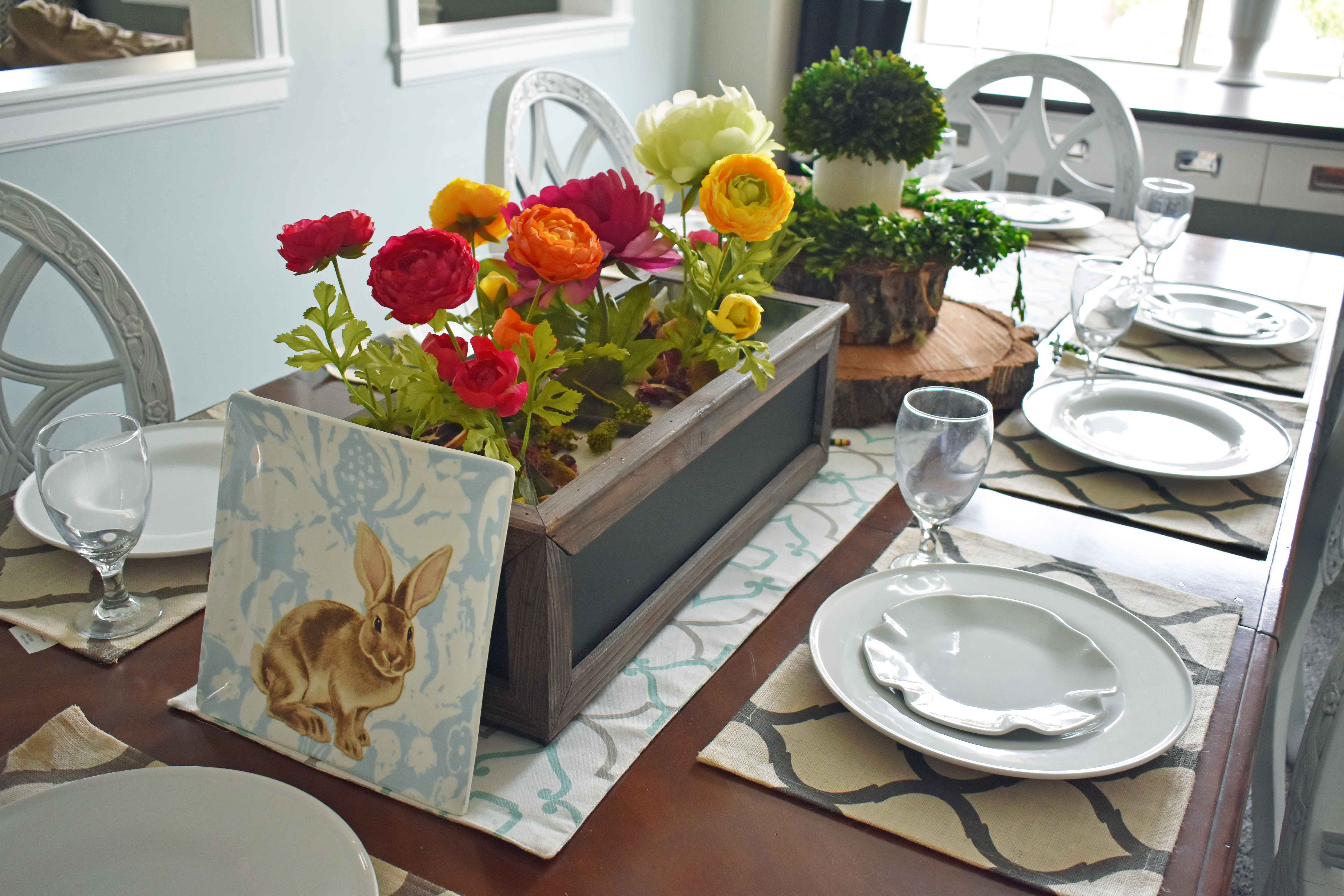 Spring Decoration Ideas. Gorgeous Spring and Easter tablescapes from Home Goods. www.modernhoney.com