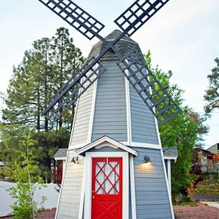 The Strawberry Inn Windmill 2