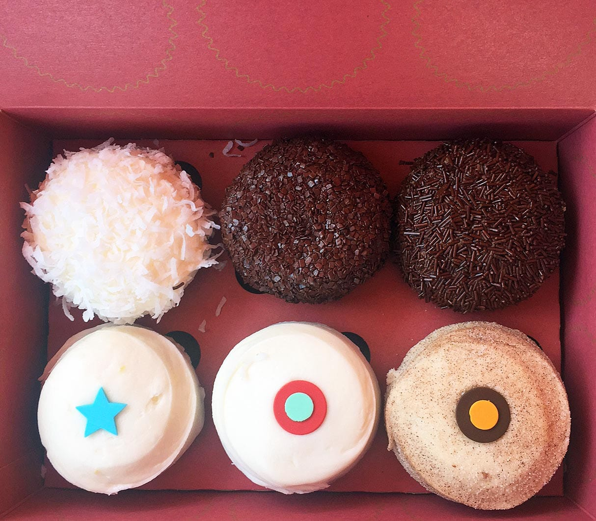 Best Places to Eat in Orange County. The most popular restaurants, food, and dessert in California. www.modernhoney.com Sprinkles Cupcakes in Corona del Mar