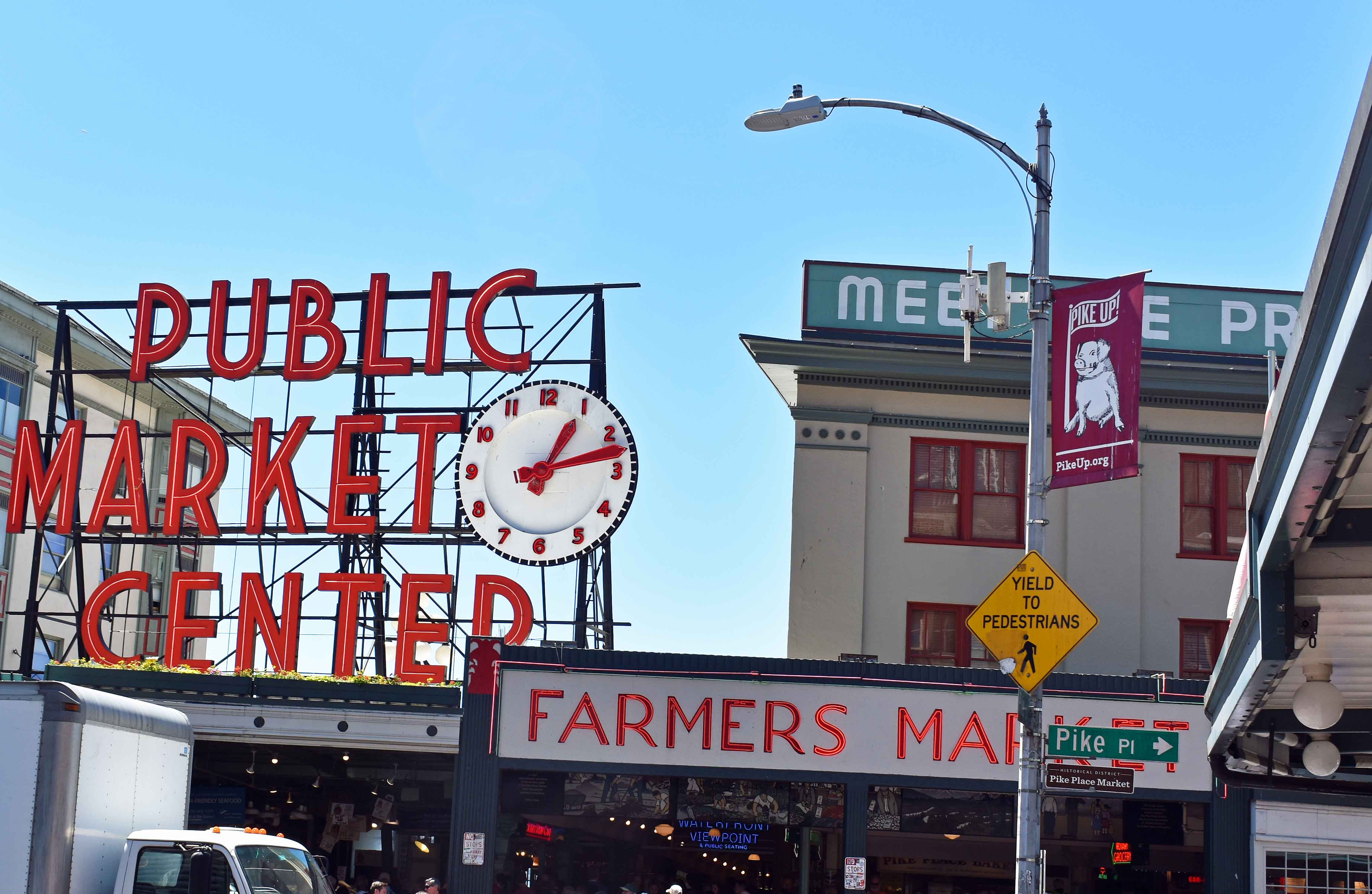 Pike Place Market. Best Places to Eat and See in Seattle. The most popular spots to visit and the best restaurants. Tips on the best places to see in Seattle Washington. www.modernhoney.com