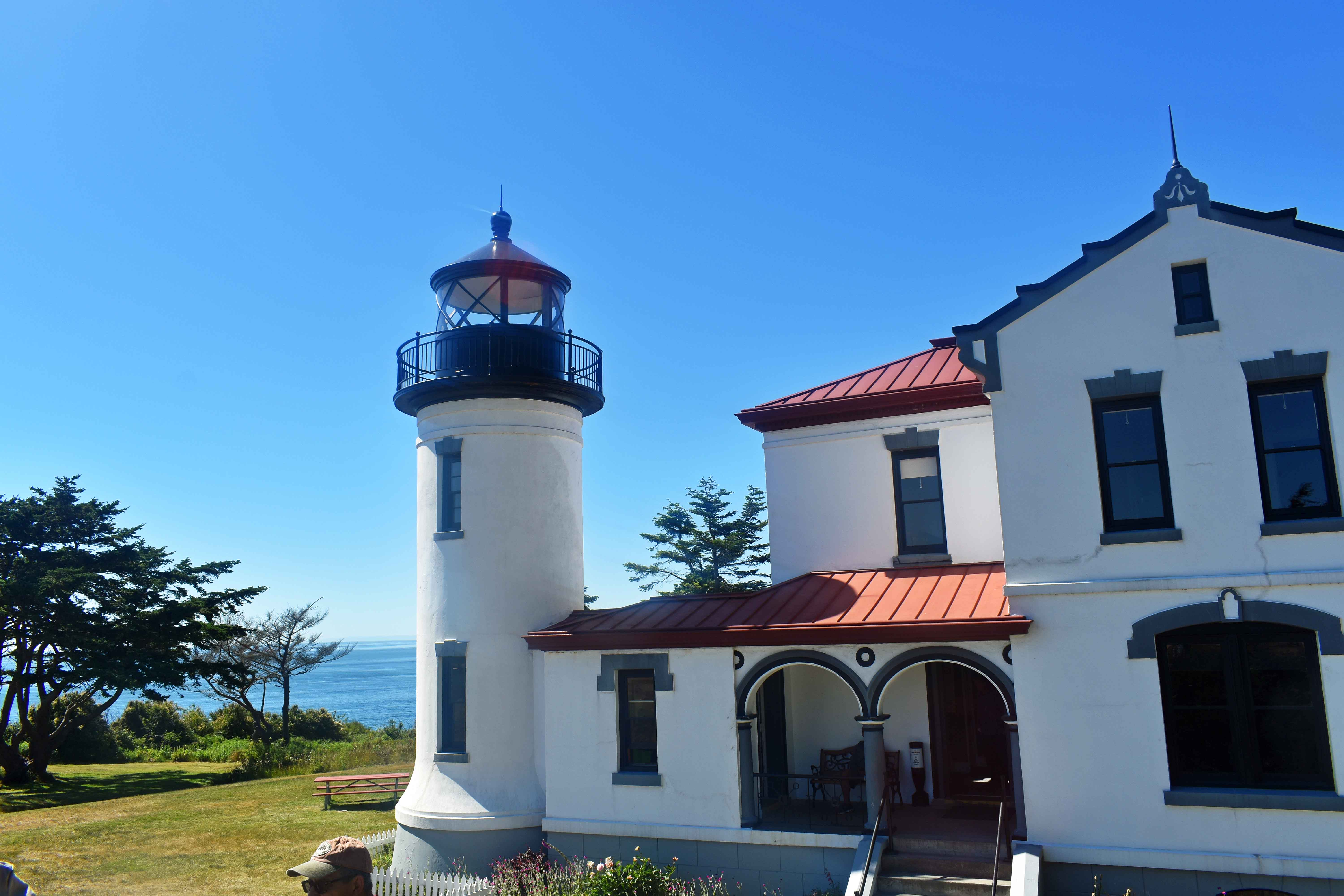 Admiralty Head Lighthouse located on Whidbey Island near Coupeville, Island County, Washington, on the grounds of Fort Casey State Park. Best Places to Eat and See in Seattle. The most popular spots to visit and the best restaurants. Tips on the best places to see in Seattle Washington. www.modernhoney.com