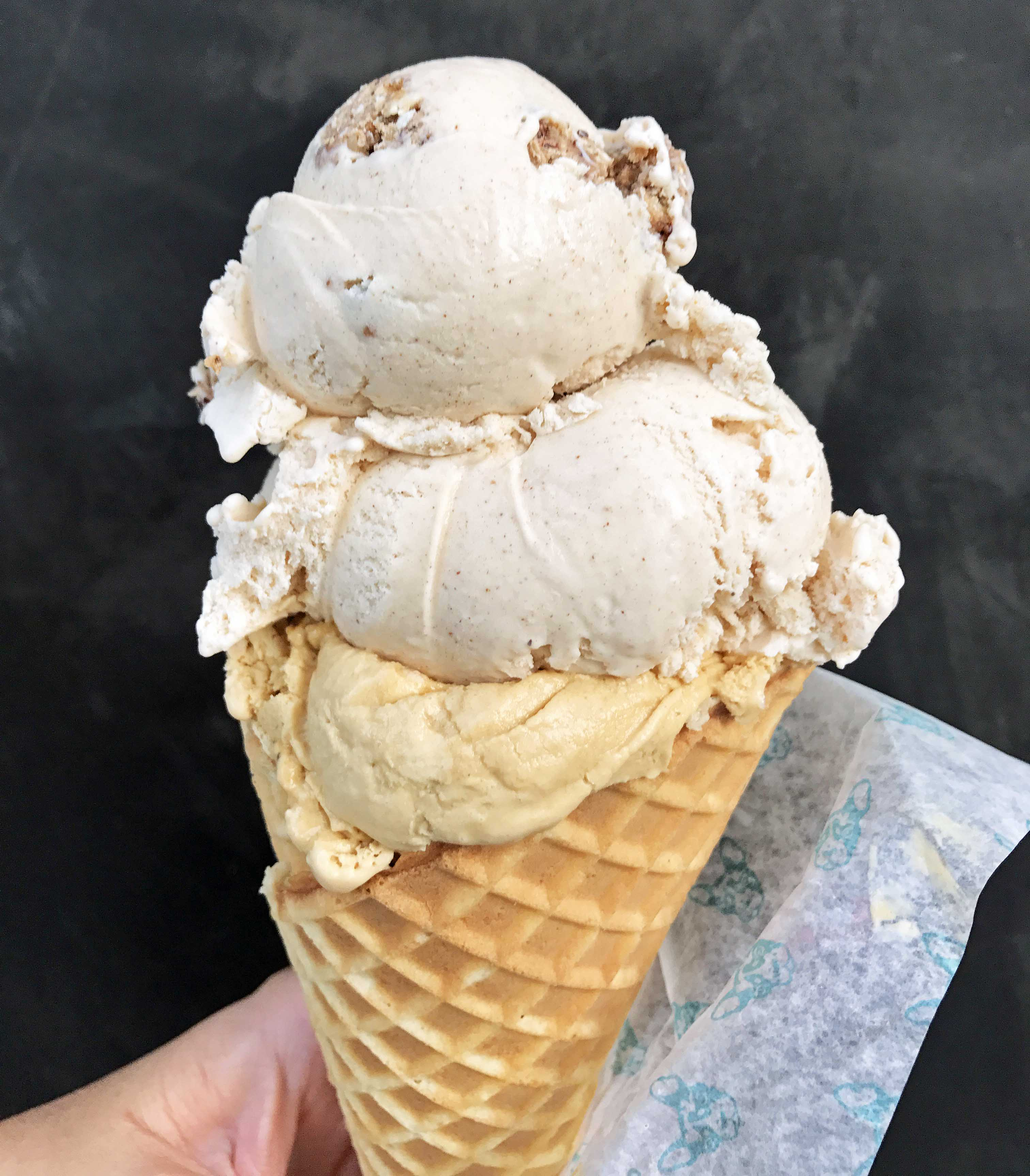 Molly Moon's Homemade Ice Cream. Best Places to Eat and See in Seattle. The most popular spots to visit and the best restaurants. Tips on the best places to see in Seattle Washington. www.modernhoney.com