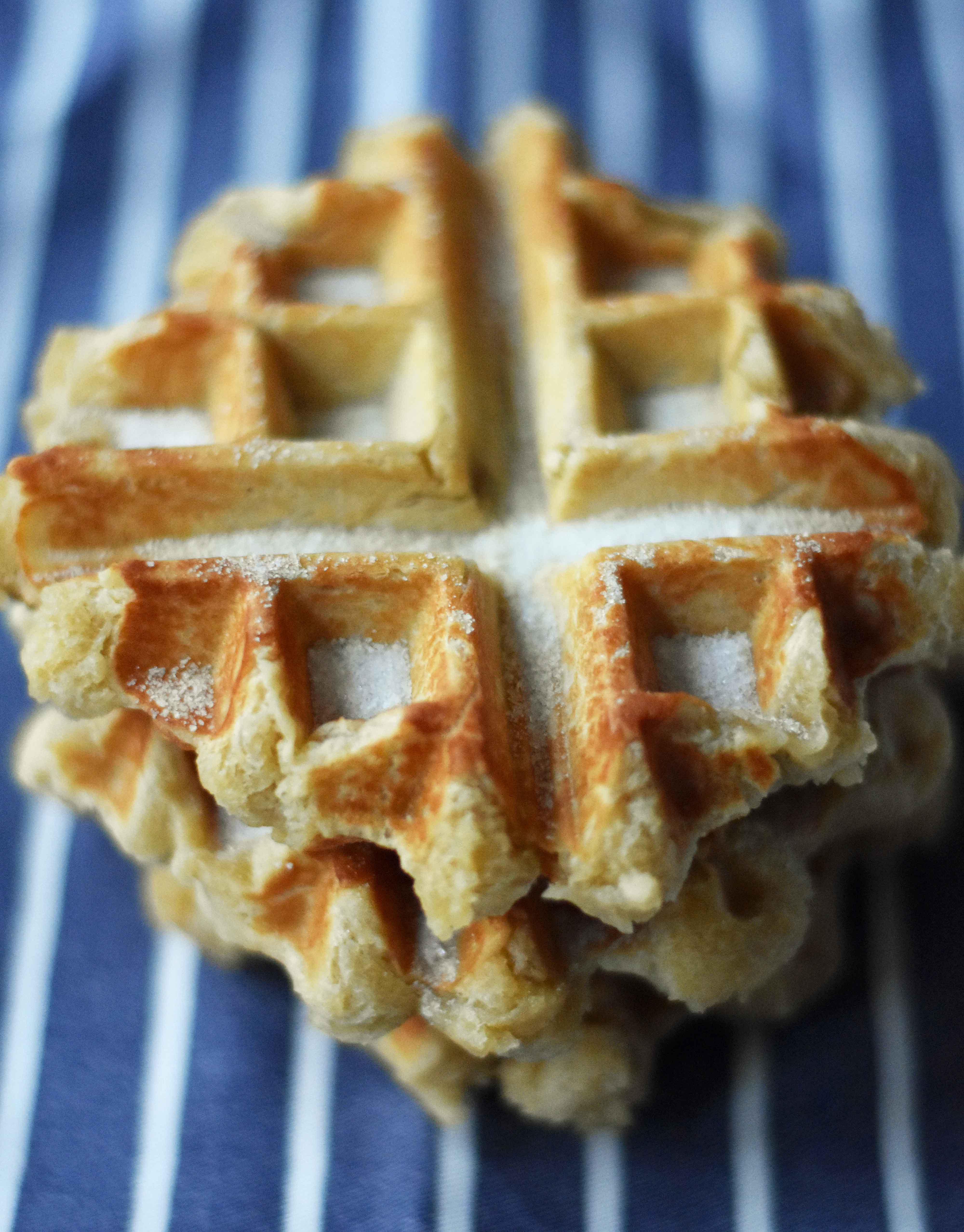 Homemade Best Belgian Liege Waffles. How to make popular belgian liege waffles at home. Waffles n Dingles and Waffle Love Copycat recipe. Perfect belgian liege waffles every single time. Delicious dessert waffles or decadent breakfast waffles. www.modernhoney.com