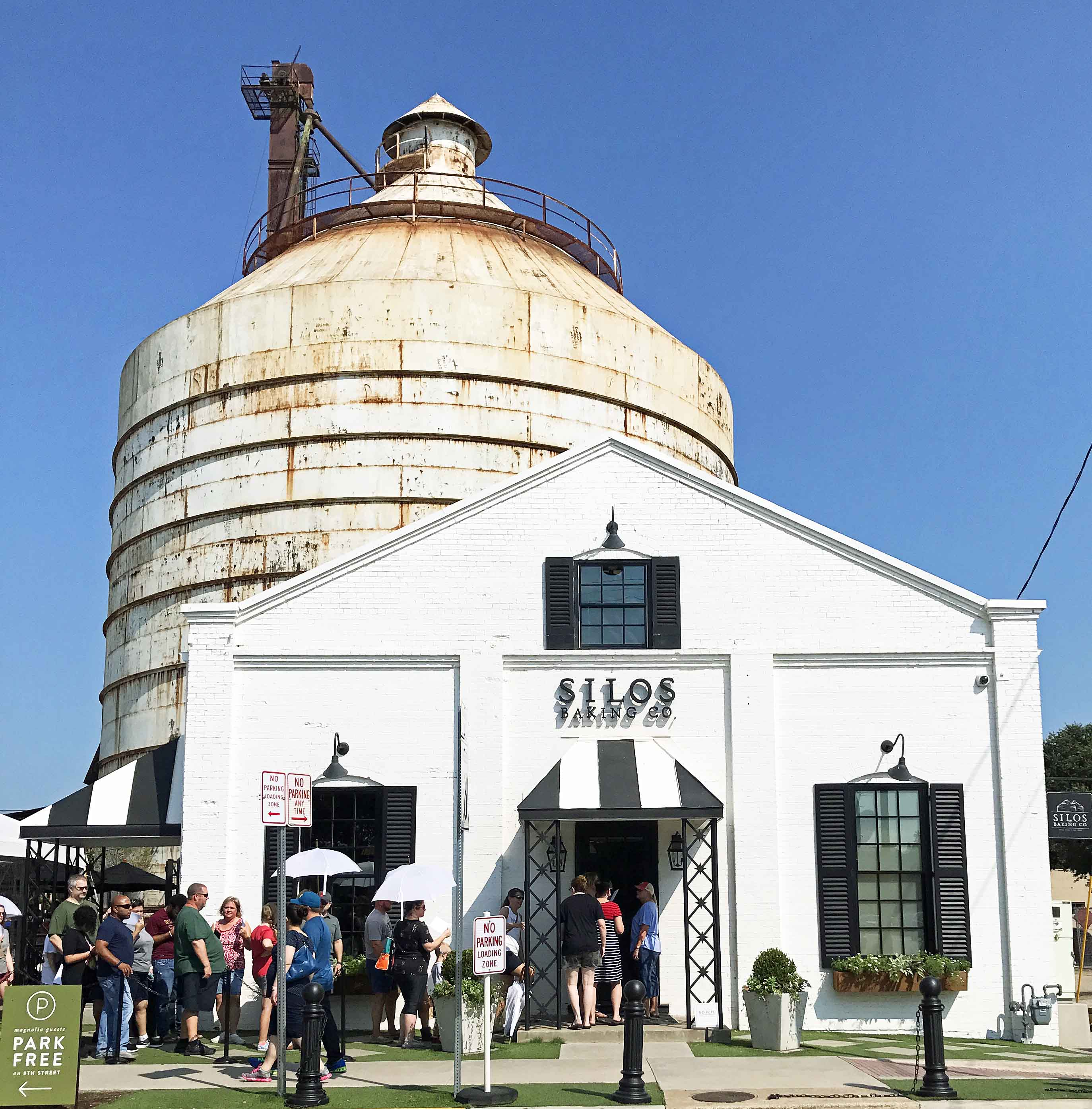 Silos Baking Company at Magnolia Market at the Silos. How to plan the perfect trip to Magnolia Market at the Silos in Waco Texas. Magnolia Market was created by HGTV's Fixer Upper favorite couple, Chip and Joanna Gaines. Visit Magnolia Market, Silo Baking Co. and the beautiful grounds. Tips for planning a trip to Magnolia Market. www.modernhoney.com