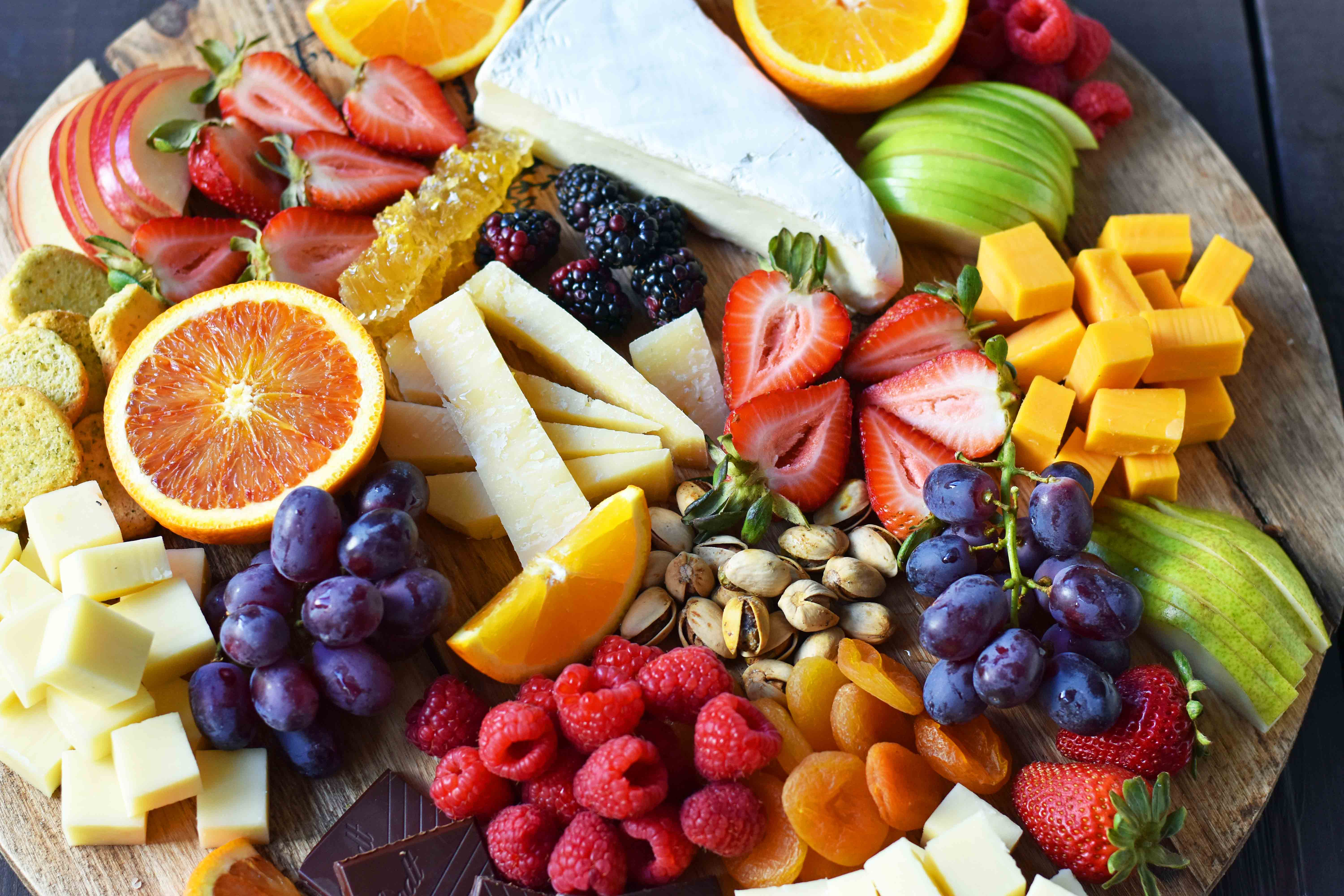 how to make the best fruit and cheese board how to make a cheese plate