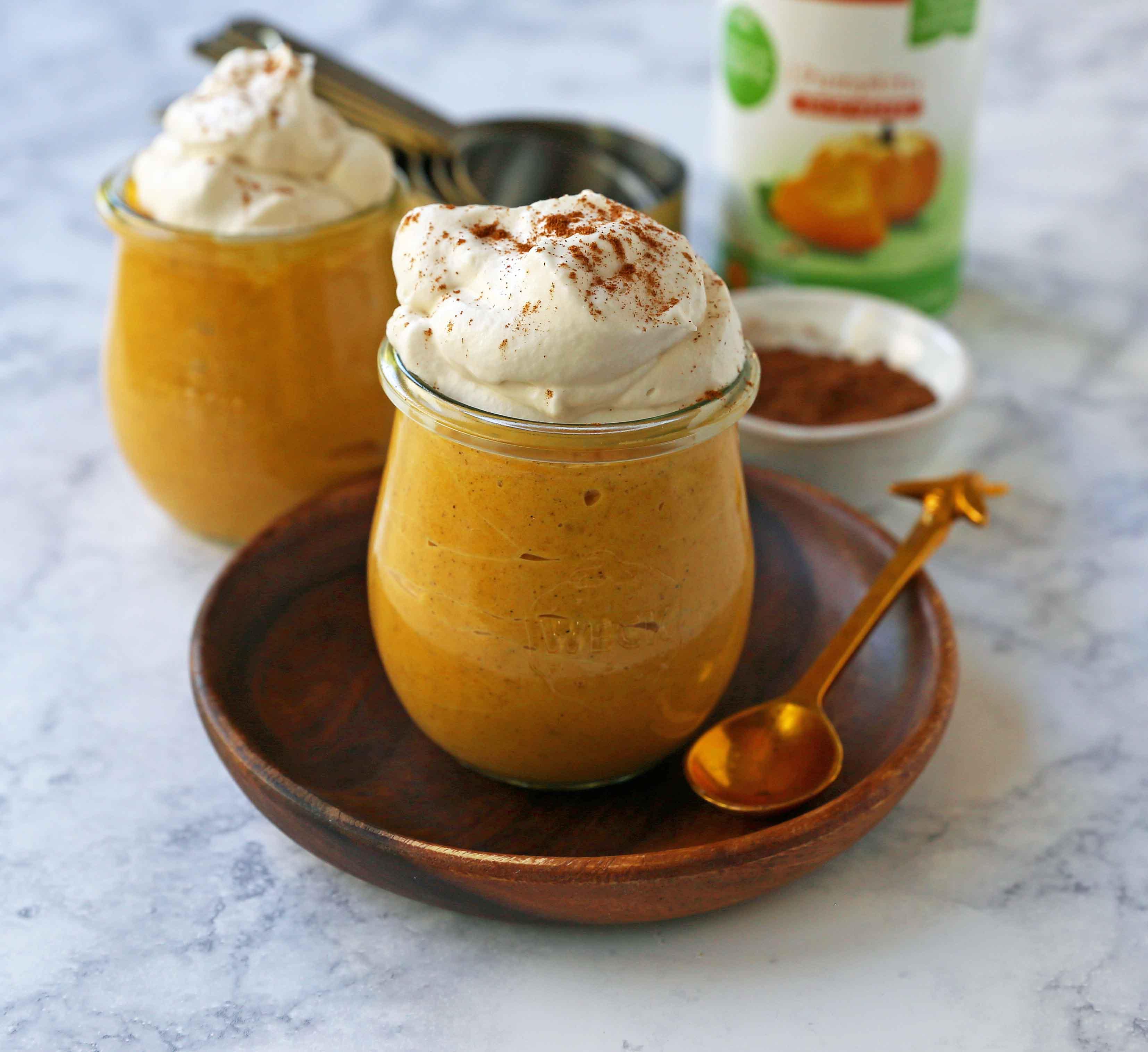 Pumpkin Cheesecake Mousse. This no-sugar-added creamy pumpkin cheesecake mousse is the perfect no-bake pumpkin dessert. Low-carb pumpkin dessert options. www.modernhoney.com #pumpkin #pumpkinmousse #pumpkindessert #ketofriendly #ketodessert