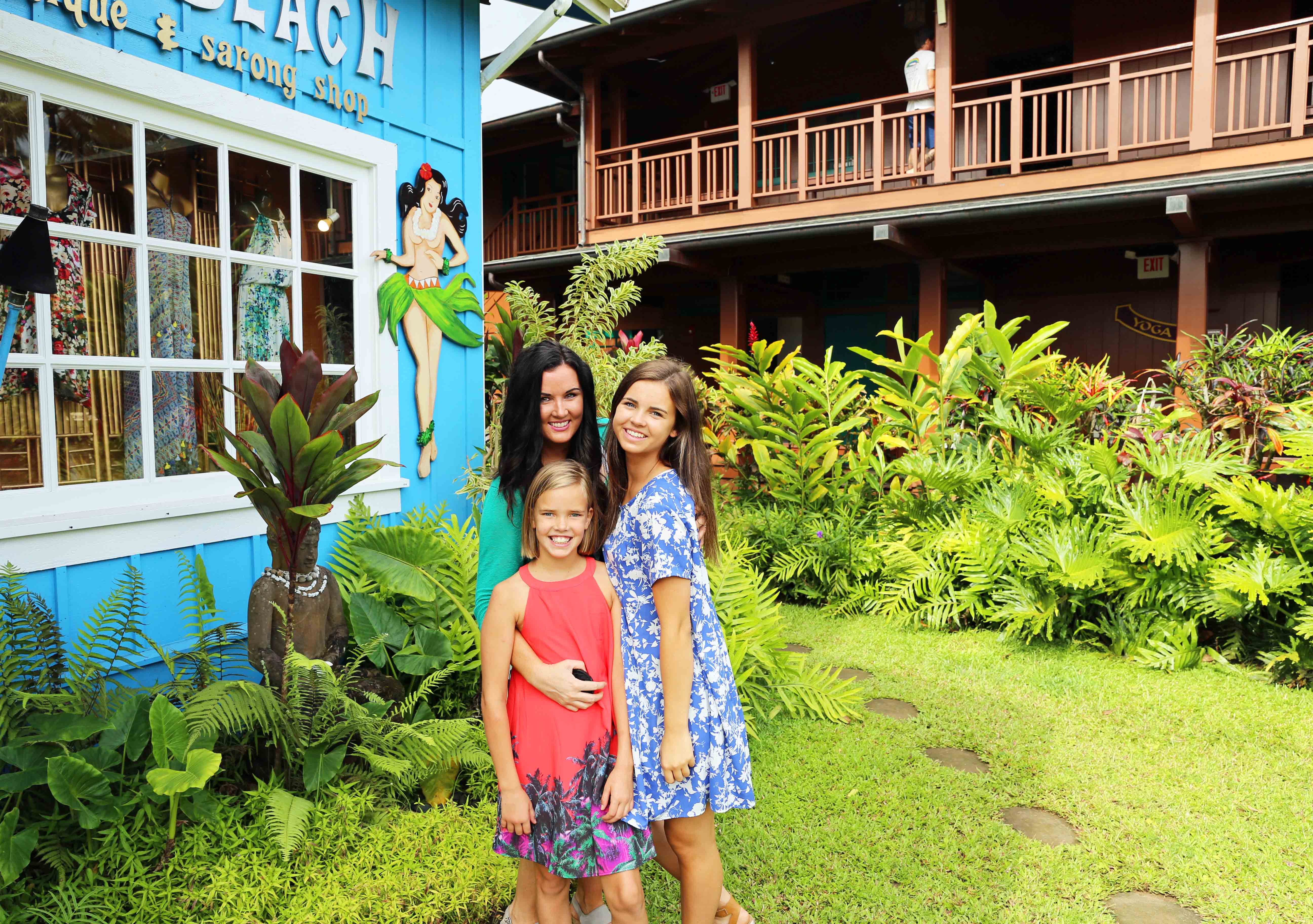 Kauai Hawaii Travel Guide. Shopping in Hanalei Hawaii