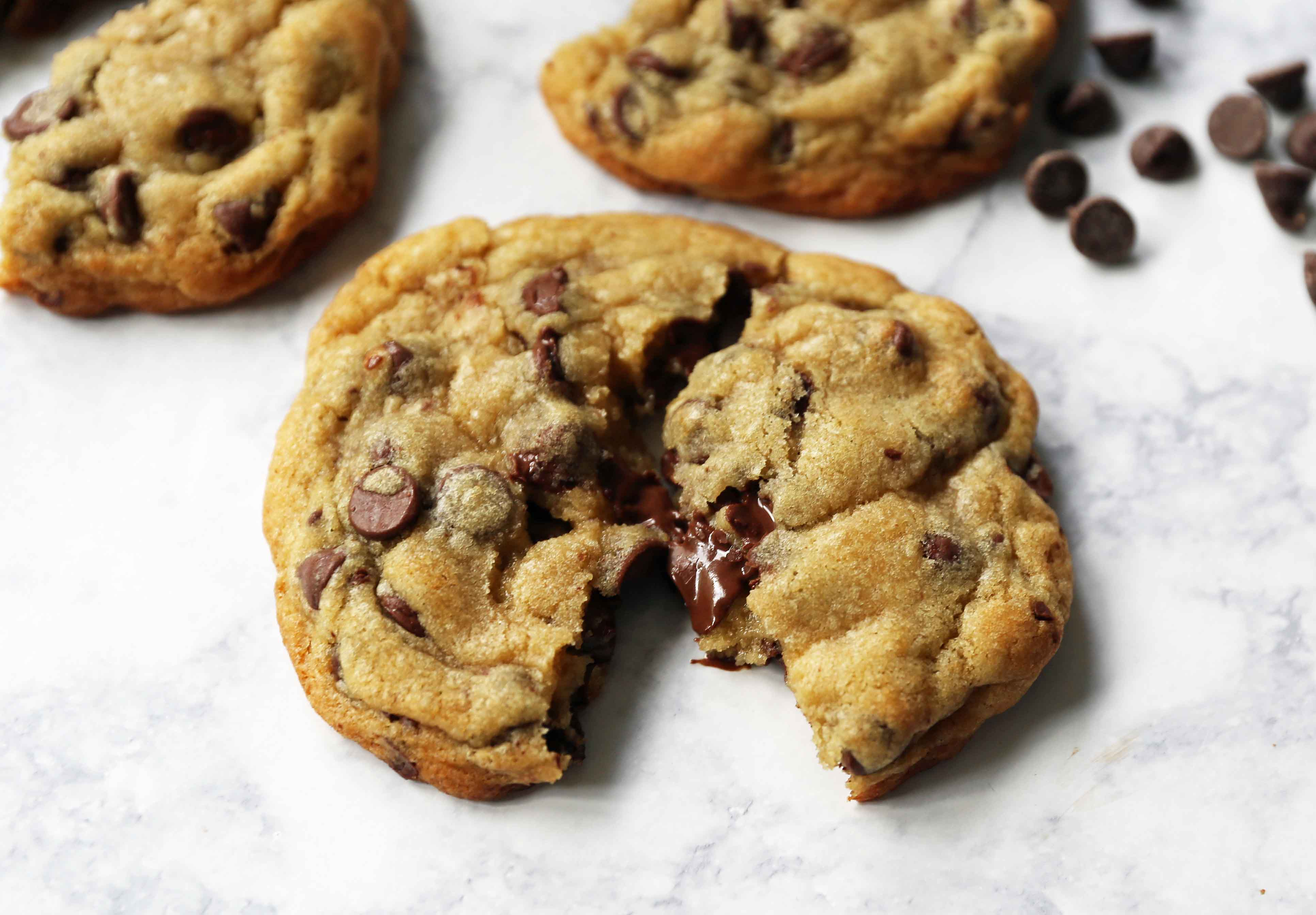 The BEST Chocolate Chip Cookie Recipe. How to make the best chocolate chip cookies in the world. These are hands down the most perfect chocolate chip cookies! Tips and tricks for making the best chocolate chip cookies. www.modernhoney.com #cookie #cookies #chocolatechipcookie #chocolatechipcookies #homemade #cookierecipe #bestchocolatechipcookies