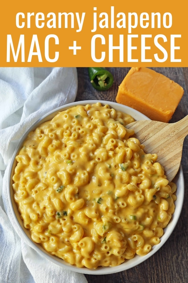Creamy Jalapeno Macaroni and Cheese. Stovetop homemade creamy macaroni and cheese with sauteed jalapenos. Mac and Cheese with a kick! www.modernhoney.com #macandcheese #macaroniandcheese #jalapenomacandcheese #homemademacandcheese #sidedish