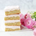 Sugar Cookie Bars. Soft and chewy sugar cookie bars with a sweet cream cheese frosting. The perfect sugar cookie bar recipe! www.modernhoney.com #sugarcookiebars #frostedsugarcookiebars #sugarcookies