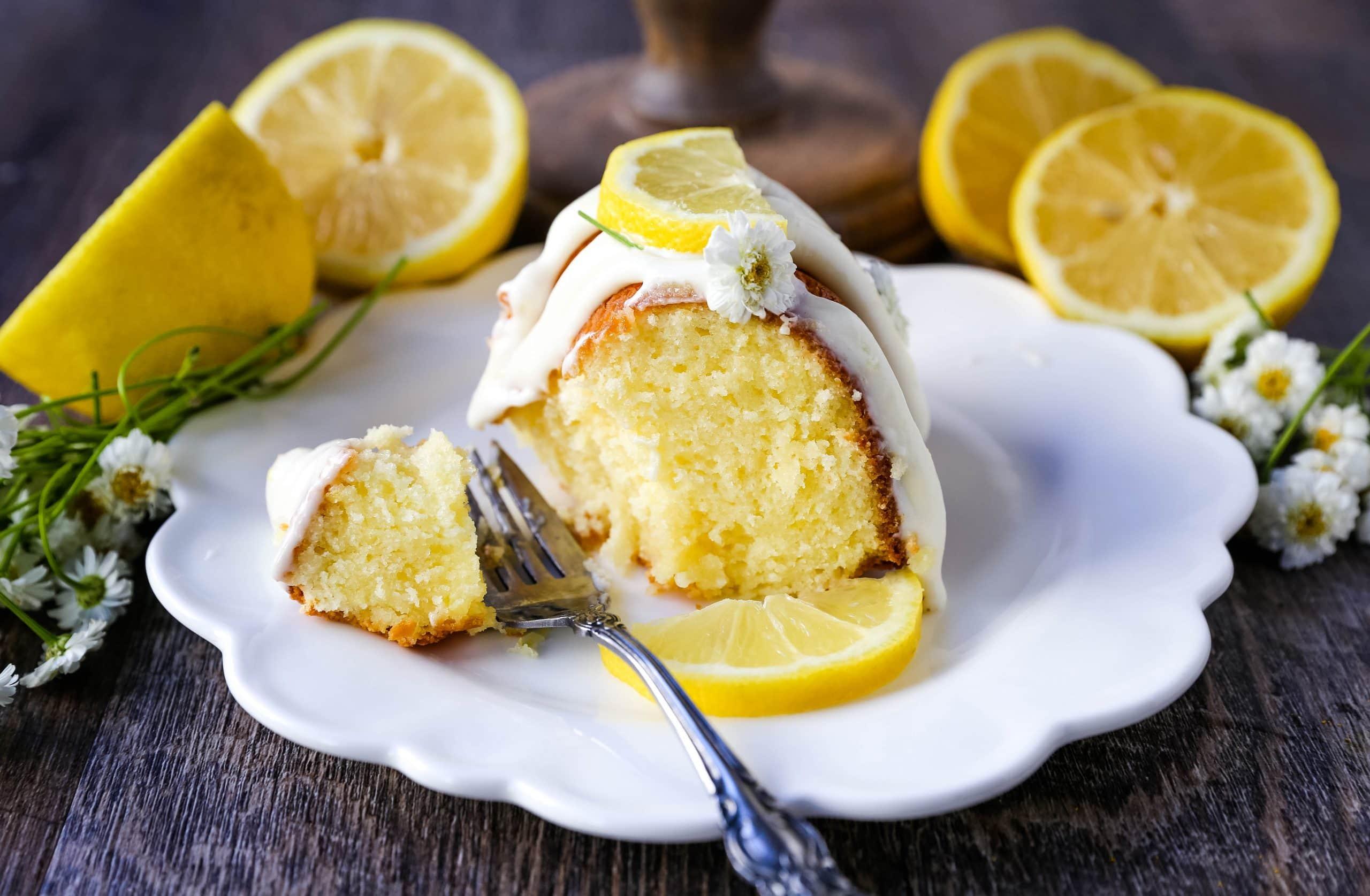Lemon Bundt Cake. Moist, flavorful lemon bundt cake with a fresh cream cheese lemon glaze. Tips and tricks for making the perfect lemon bundt cake. www.modernhoney.com #lemoncake #lemonbundtcake #bundtcake #cake