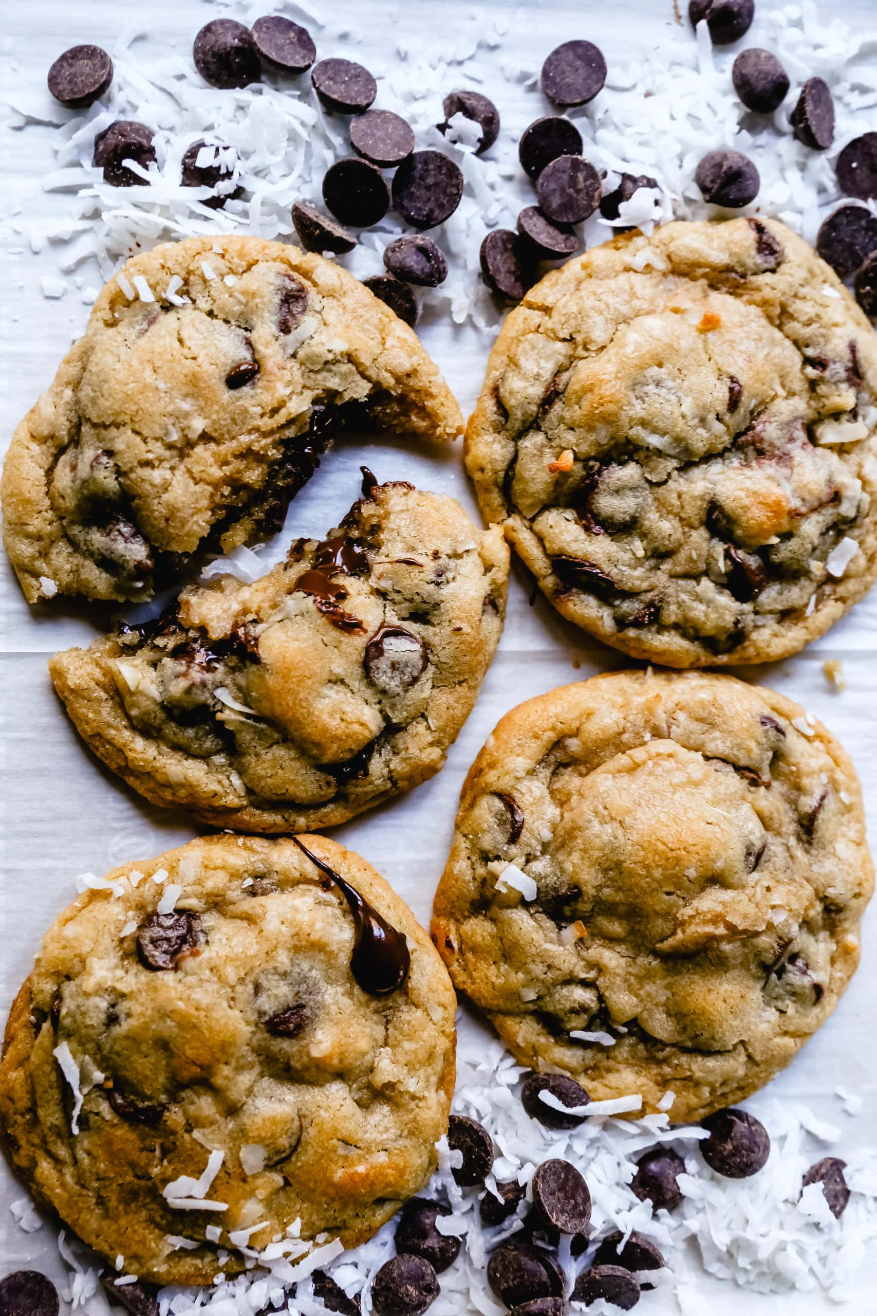 Chocolate Chip Coconut Cookies. Soft, chewy chocolate chip coconut cookies with semi-sweet chocolate and sweetened flaked coconut. The perfect chocolate coconut cookies! www.modernhoney.com #cookies #chocolate #chocolatechipcookie #chocolatechipcookies #chocolatechipcoconut
